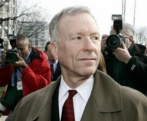 Lewis 'Scooter' Libby leaves federal court in Washington February 3, 2006. Vice President Dick Cheney directed his aide to use classified material to discredit a critic of the Bush administration's Iraq war effort, the National Journal reported on Thursday.